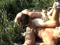 Twinks giving a kiss and fucking on grass