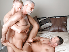 3 men from different decades hook up in a delicious three way
