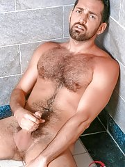 Rich Kelly - in Gay Porn Pictures