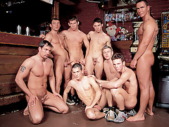 Mega hot hunks in a group gangbang fuck fest happens in a wattle