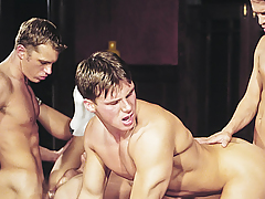 Orgy! Studs Loving Exchanging Tongues & Cocks In Their Holes