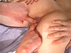 Dude accepts his stiff rectal hole fingered and pumped