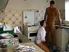 Young cook blowing beefy cock till it explodes
