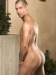 Ethan Wolfe::Johnny Gunn