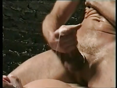 Mature twink cums on poor adolescent fellow