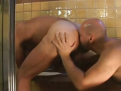 Bear gay guy serves mature bushy rectal hole in shower