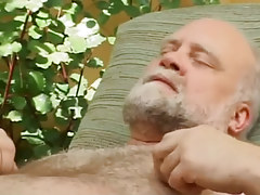 Hairy old faggot enjoys by dick sucking outdoor