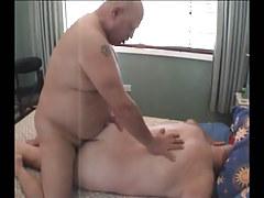 Chubby seasoned man-lover smokin' fixed ass behind