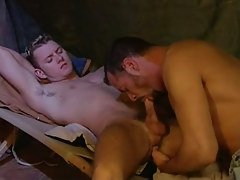 Young man-lover sucked by mature dude