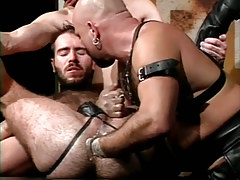 Hairy dilf fistfucked by mature bear man in infatuation fuckfest