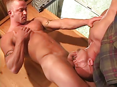 Gay gentleman sucked by lusty mature fruit