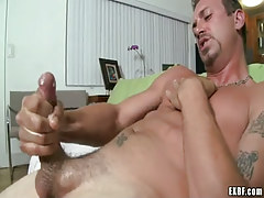 Lusty mature twink jizzes