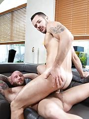 Extra Big Dicks. Gay Pics 15