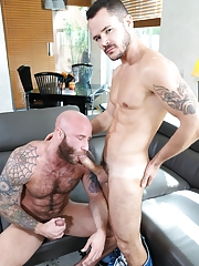 Extra Big Dicks. Gay Pics 6